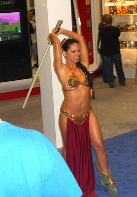 Oliva Munn plays Princess Leia