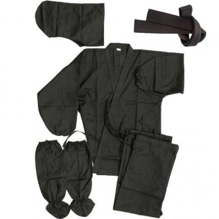 ninja_uniform_laid_out_1_3