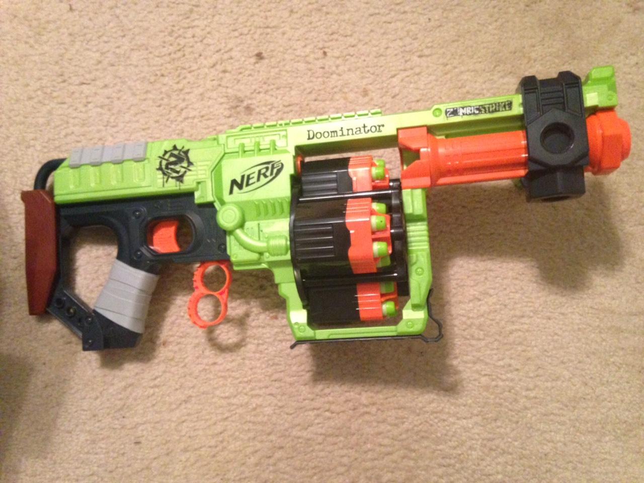 NERF Zombie Strike – Doominator